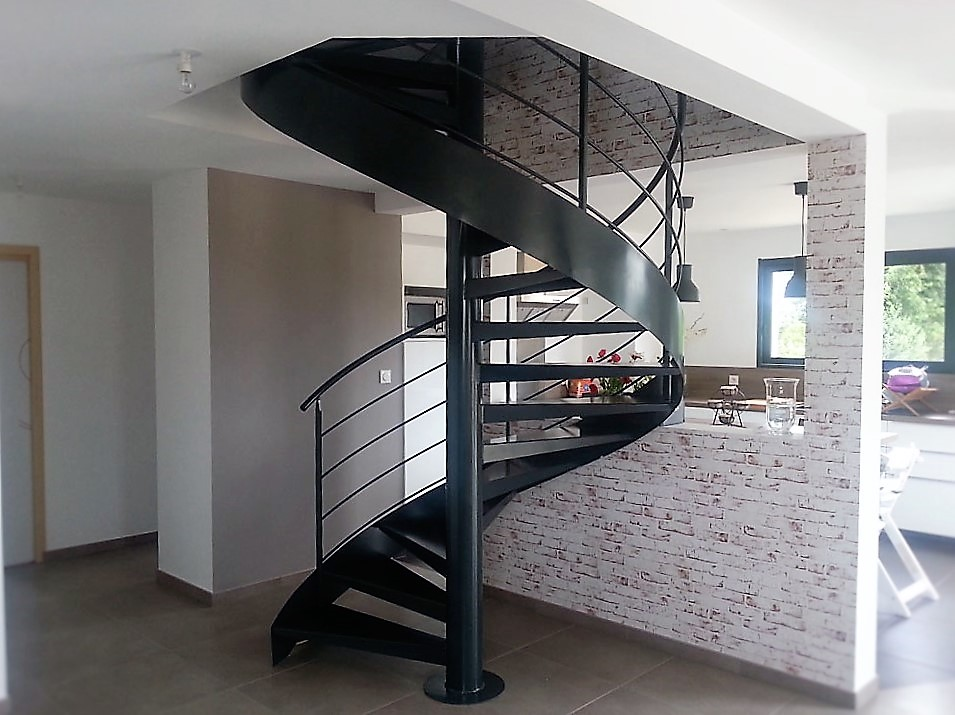 Escalier hélicoïdal-METALLERIE-MARTIN